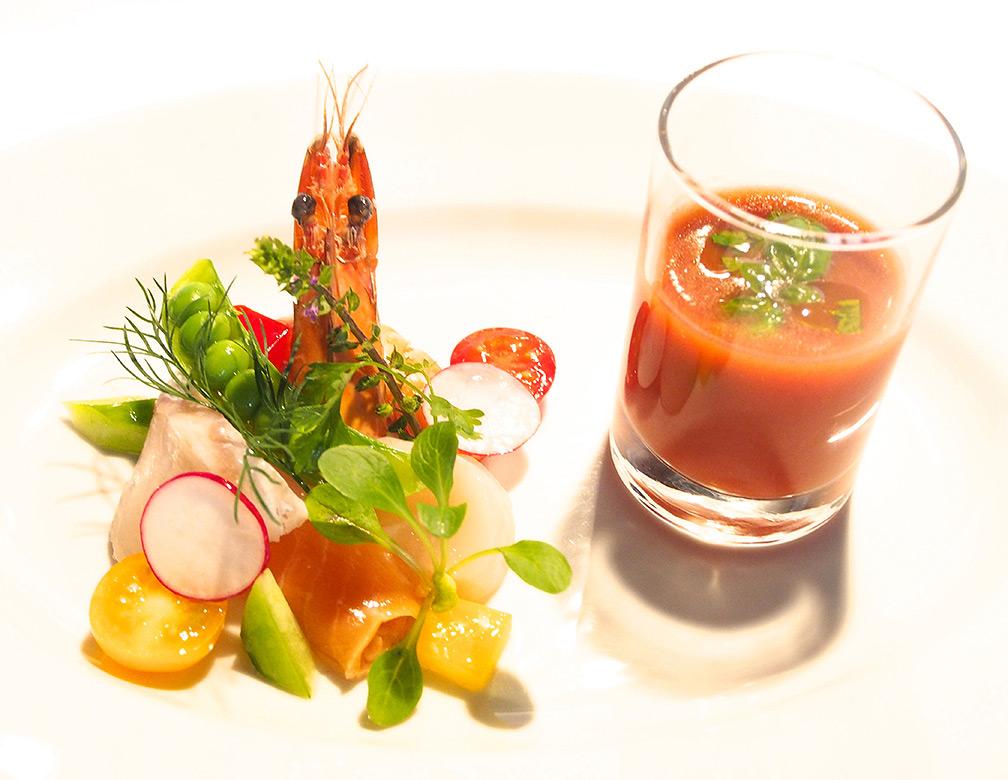 鮮魚のマリネとトマトガスパチョ